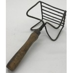 Very Primitive bend wire Masher